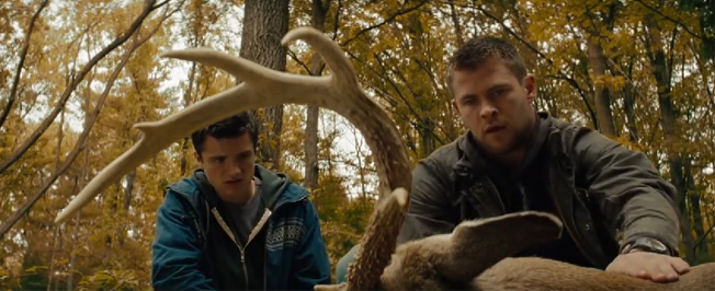 Chris Hemsworth (height 6'3'') with Josh Hutcherson in Red Dawn (2012)