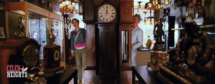 Dustin Hoffman (height 5'6'') with Natalie Portman (height 5'3'') in Mr. Magorium's Wonder Emporium (2007)