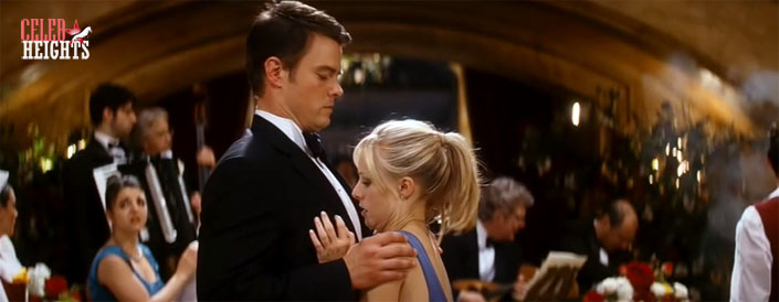 Kristen Bell (height 5'1'') with Josh Duhamel (height 6'3.5'') in When in Rome (2010)