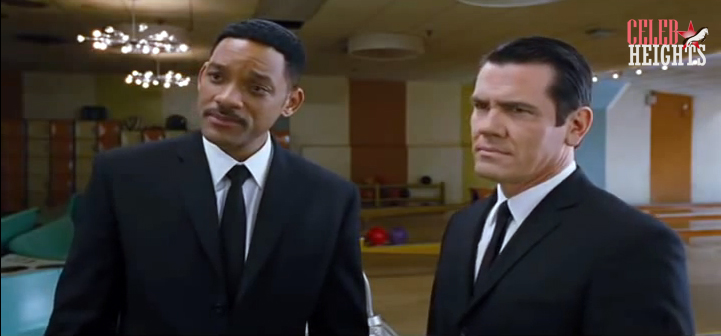 Josh Brolin (height 5'10.5'') with Will Smith (6'2'') in Men in Black 3 (2012)
